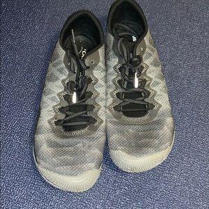 Merrell Vapor Gloves Size: 8